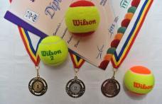 """Turneu """"Tenis 10 FRT"""", organizat la Dorohoi de C.S. TENIS CLUB 2008 - FOTO"""