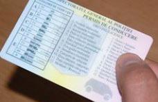 Conducere fără permis la doar 18 ani