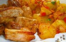 Cartofi taranesti cu friptura de pui