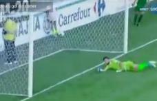 Goluri fenomenale în primul meci din Liga 1: cu câlcâiul şi direct din corner - VIDEO