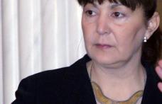 NEWS ALERT : Monica Macovei, premier