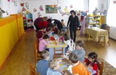 """Mărțișoare confecționate de copii de la Grădiniţa nr.9 """"Ştefan cel Mare și Fundaţia """"Star of Hope"""" Dorohoi"""