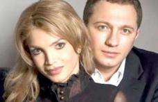 Cristina Spătar, în depresie după arestarea soţului! Mesajul artistei i-a îngrijorat pe prieteni