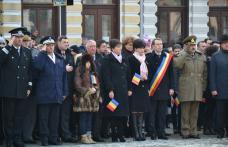 1000 de stegulețe tricolore pentru botoșăneni - FOTO
