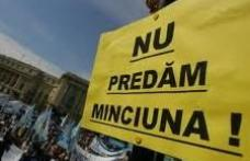 Profesorii din judeţele Suceava şi Botoşani ameninţă cu închiderea şcolilor