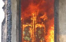 Un batran a decedat dupa ce ia luat foc bucataria
