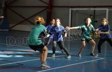 Dorohoi: ONSS Handbal gimnaziu etapa de centru. Vezi echipele calificate la etapa județeană - FOTO