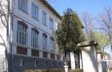 """Dorohoi : Încă o zi de grevă la Colegiul Naţional"""" Grigore Ghica"""""""