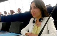 Claudia Țapardel, către președintele Comisiei Europene: ce măsuri veți lua pentru a-i proteja pe români de atacurile xenofobe și discriminatorii