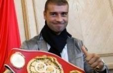 Bute, campion mondial prin KO