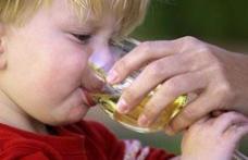 Nu le activaţi micuţilor genele alcoolismului!