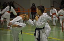 Sesiune de antrenament susținută la Dorohoi de președintele Federației Mondiale Shotokan - FOTO