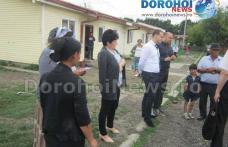 Campanie de informare şi educaţie sanitară în cartierul Drochia din Dorohoi - FOTO