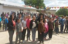 Senatorul Doina Federovici alături de copiii de la Școala Gimnazială Nr.1 Răchiți - FOTO