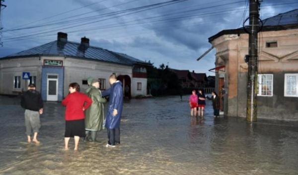 inundatii-dorohoi-2010