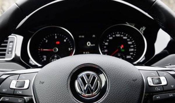 Volkswagen recheamă în service