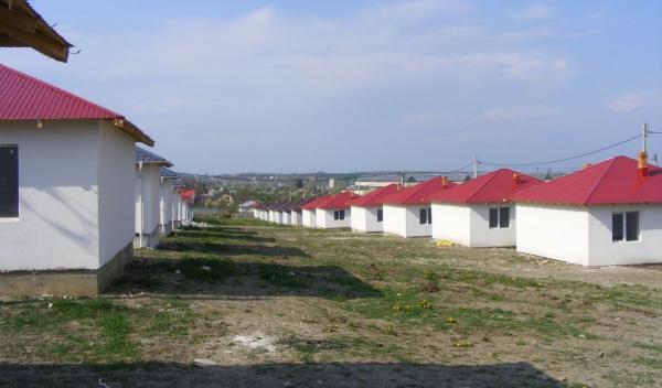 Cartierul de 30 de case noi reconstruit la Dorohoi de habitat for Humanity