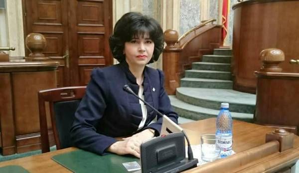Doina Federovici, senator - chestor Senatul Romaniei