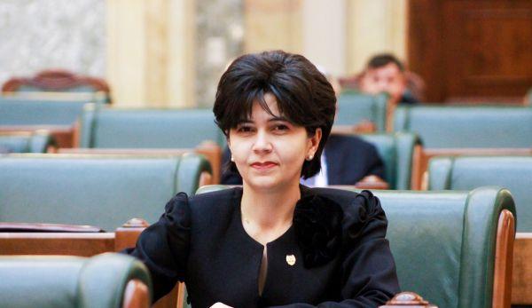 Senatorul Doina Federovici