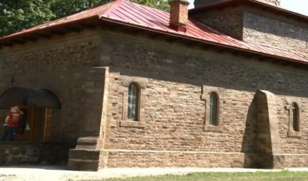 biserica-costinesti