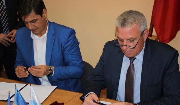 Semnarea Acordului de Parteneriat între Județul Botoșani și Municipiul Bălți (2)