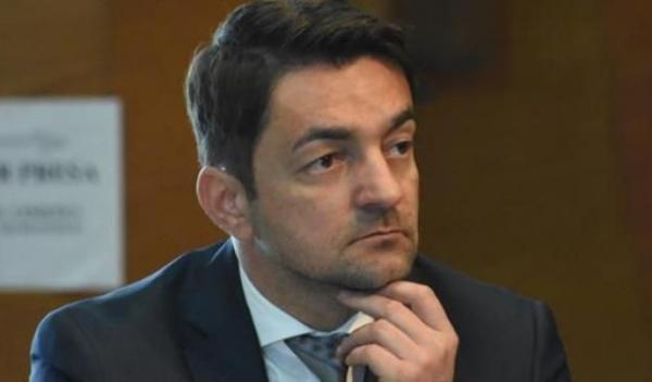 Razvan Rotaru d