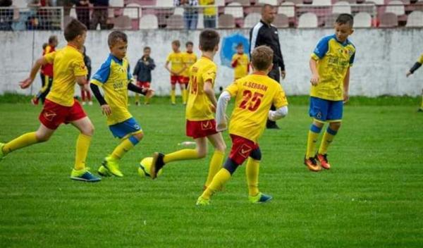fotbal juniori (2)