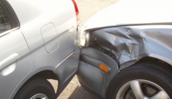 masini-parcate-accident