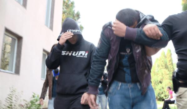tineri-arestati