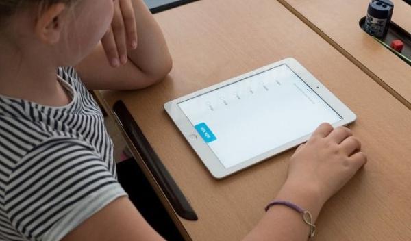 tableta-pentru-elevi