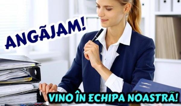 WomanOffice_AdobeStock_121231016