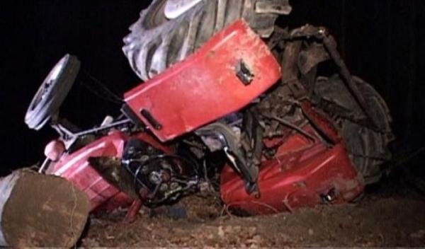 accident-tractor-31