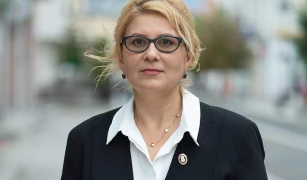 Roxana Turcanu_1