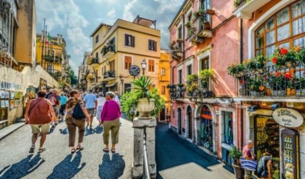 Italia-turisti