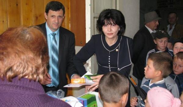 senatorul PSD Doina Elena Federovici alaturi de deputatul PNL Dumitru Verginel Gireada