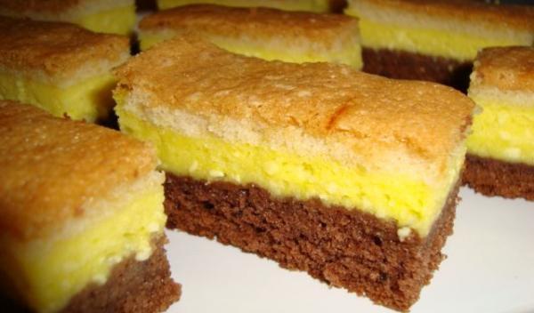 Prăjitură cu brânză