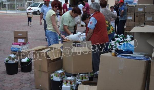Ajutoare de la Crucea Rosie din Neuburg, Germania distribuite la Dorohoi_19