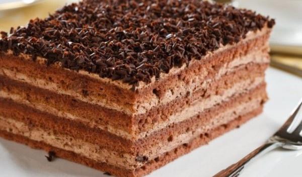 prajitura-cu-crema-de-ciocolata